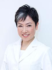 医療法人友徳発心会ひめのともみクリニック院長、心療内科医、医学博士<br />姫野 友美 先生